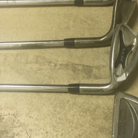 2 Sets Taylor made golf clubs including bags