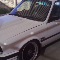 BMW 320i 1989 model