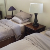 """Camps Bay/Bakoven Beach Front, Studio accomadation, Monthly and Daily """"rates"""" Great position!!."""