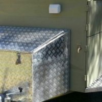 4 x 4 trailer with roof top tent