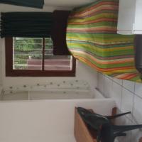 Quiet safe cottage, walking distance to UJ