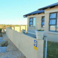 Re-advertised 3 bed 2 bath house for rent at Fountains Estate, Jeffreysbay