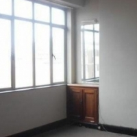 Illovo 1bed, bathroom, kitchen, lounge, rental R7000 Call 011 069-6528 or whats app 061-4388700