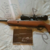 Stoeger X5 Airgun with Stoeger 4x32 scope