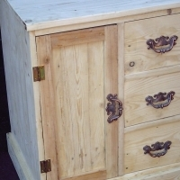 Self Decorating Petit Cabinet with 3 Drawers (635x495x765)