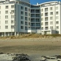 Perfect Holiday Apartment on Beach road Strand