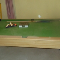 full sized pool table with ball and cues for sale