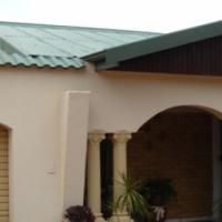 Sinoville - Nice Spacious 3 bed -2 bath  House - A bargain at R980K