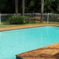 Highgate: Lovely two bedroom unit in Lakefield, Benoni