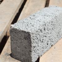 We stock Maxi bricks