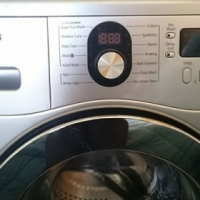 Samsung 7kg Eco Bubble Washing Machine for sale.