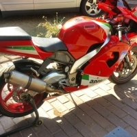 2000 Aprilia RSV Mille 1000cc