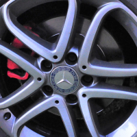 """mercedes benz 17"""" mag wheel wanted as on photo"""