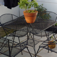 (PRICE REDUCED) Retro woven wire garden table & chairs