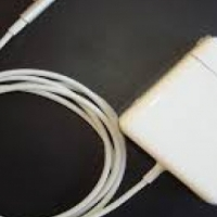 APPLE MAC BOOK CHARGERS