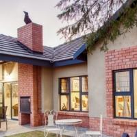 Upmarket 3 bedroom 2 bathroom double garage house to rent in Nelspruit