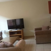 Beautiful new and spacious 2 bedroom Duplex