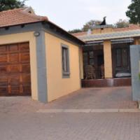 PRIME UNIT IN UPMARKET BENTLEY'S ESTATE - Pretoria - R 1 150 000