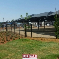 ZAMBESI CAR STAND TO LET