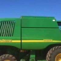 Used, John Deere John Deere 9560 Walker Combine - Wheat Head Inc for sale  South Africa