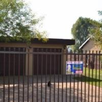 Spacious 4 Bedroom Family Home – Doornpoort - R1 150 000