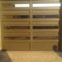 Garage doors with motor installations