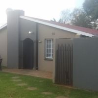 MINNEBRON: SPACIOUS 3 BEDROOM HOUSE FOR SALE