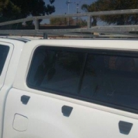 Roof rack galvanized came from a Ford Ranger Double cab