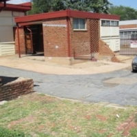 Small office to let in Industrial park, Silverton