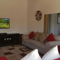 Spacious 4 Bedroom House for rent in Chatsworth