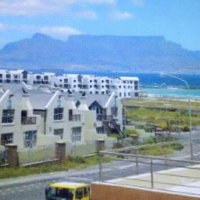 Cape town Big Bay beach front holiday apartment