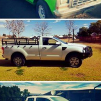 Ford F100, Ford 2.2 4x4 2013, Toyota Hilux 3 litre xtra cab
