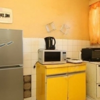 Dobsonville 2bedrooms, bathroom, kitchen, lounge, pre-paid electricity, 1 outside room R4000 Call