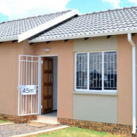 Onw a home in WINDMILL PARK EASTRAND with no deposit