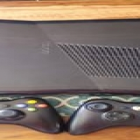 Used, 250gig xbox 360 slim with 2 remotes and 3 games for sale  South Africa