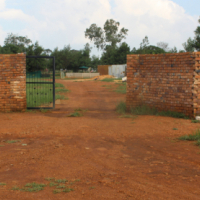 BAPSFONTEIN-NEST PARK-DEED OF SALE-EASY TREMS-1.3 Hq VACANT-2 BOREHOLES