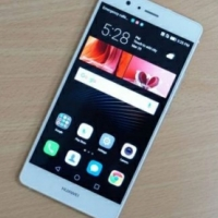 HUAWEI P9 lite for sale.