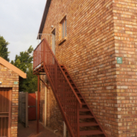 LOVELY 2 B/R T/HOUSE WITH PRIVATE GARDEN TO RENT IN ANNLIN A.S.A.P.