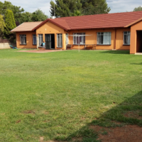 4 bedroom house on large land in Boksburg