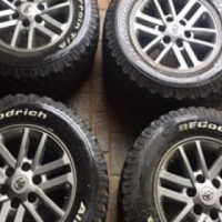 oyota hilux legend rims and tyres