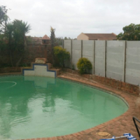 HOUSE TO RENT IN BLUEWATER BAY PORT ELIZABETH 4 BEDROOM