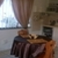 Furnished garden flat available immediately