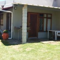 Cosy  3 Sleeper 1 Bedroom flat on South Coast KZN