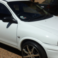 2010 Opel Corsa Lite 1.4 Hatchback full house. with low mileage 64000 case