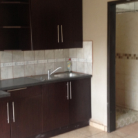 ONE BEDROOM UNIT TO RENT IN SECUNDA (TWO TO CHOOSE FROM )