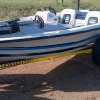 Zimraker x16 bass boat