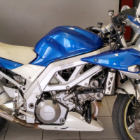 2005 Suzuki SV with RWC.Please read.R37.000