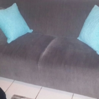 2x 2 seater couches