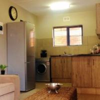 Brand new modern unit open to let for 1 FEB, R 6450 pm  - Lemon Tree Apartments, La Montagne