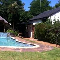 short term rental 3 months garden cottage